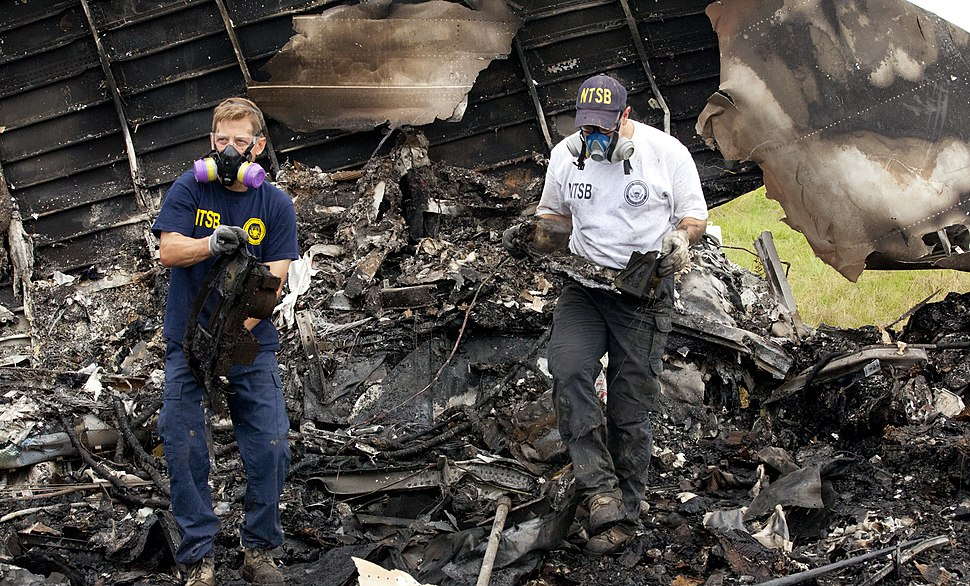 NTSB investigators remove the recorders from UPS 1354 (9518908718)