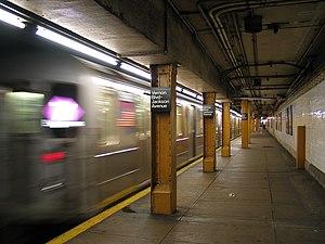 NYCSub 7 Vernon Jackson 3.jpg