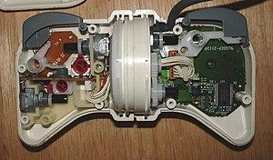 NeGcon - Interior of 1st gen model