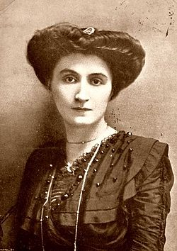 Nelly Roussel en 1911.