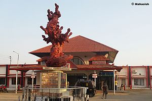 New Silchar Railway Station 2016.jpg