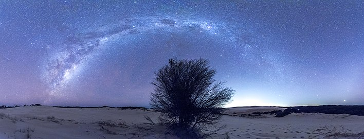 Nightscape at myall lakes national park.jpg