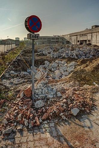 Wien Nordwestbahnhof - First demolation 2015