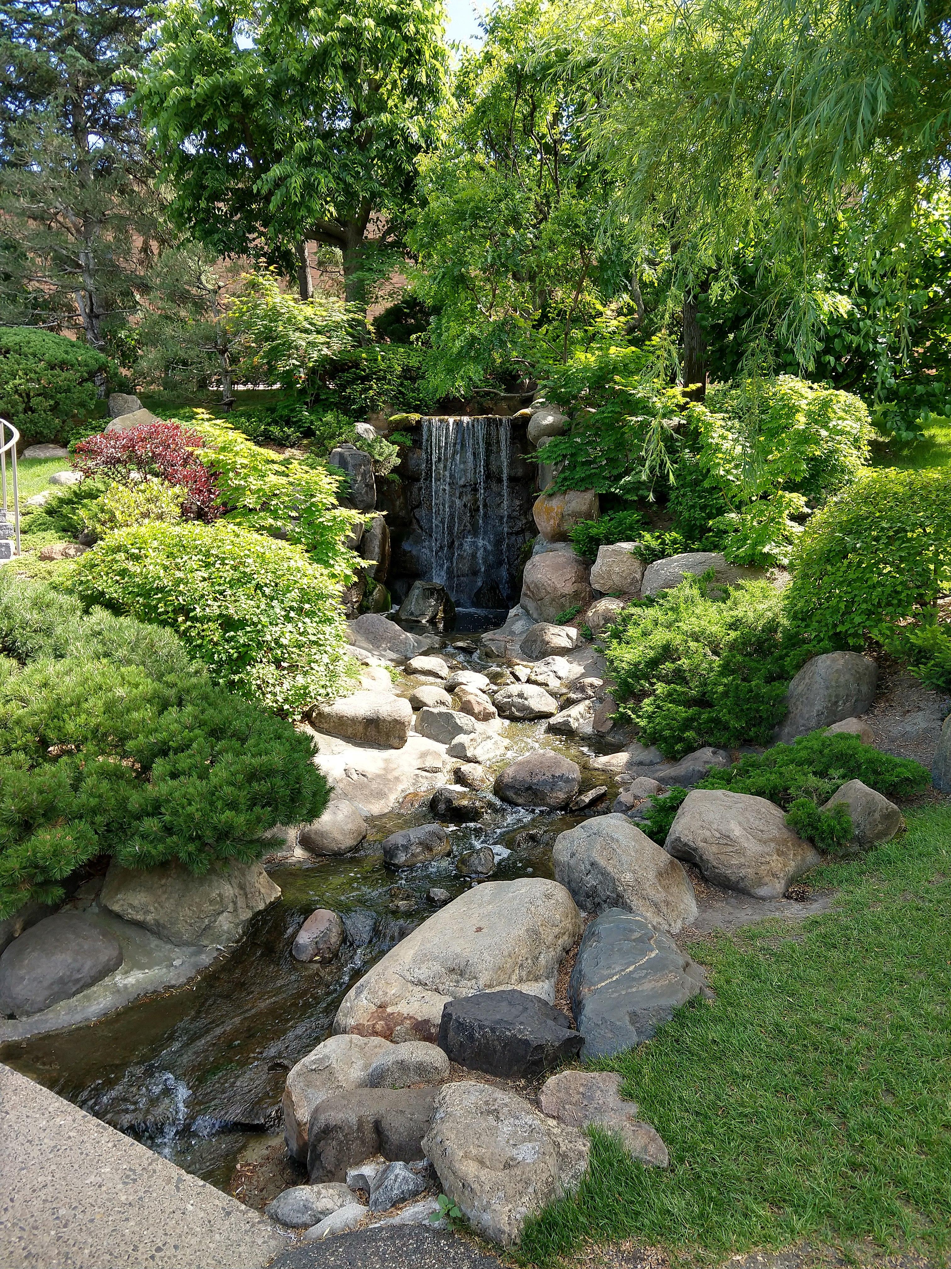 File:Normandale Community College 12 - Japanese garden.jpg