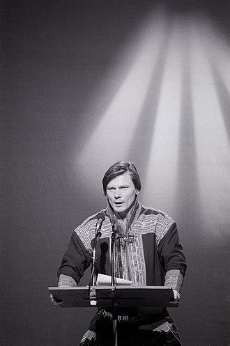Ole Henrik Magga - Ole Henrik Magga addressing the Sámi Parliament and the Dalai Lama in 1989