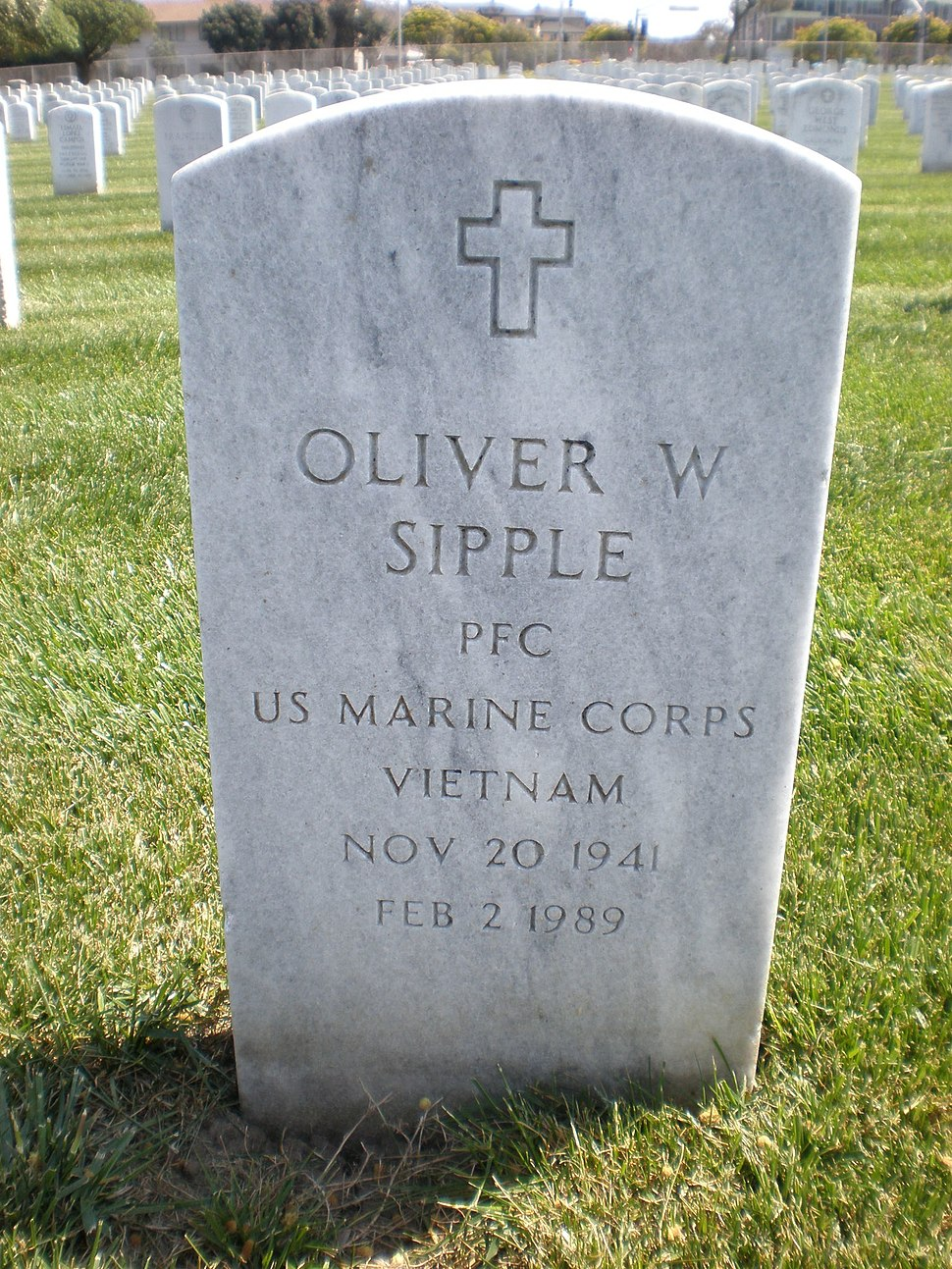 Oliver W. Sipple headstone