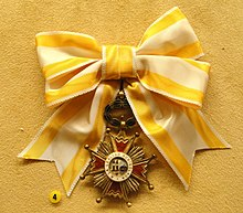 Order of Isabella the Catholic, Spain, Tyyni Tuulio, 1892-1991 - National Museum of Finland - DSC04004.JPG
