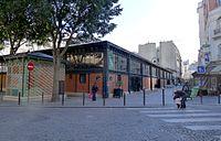 P1060162 Paris XVIII marché la Chapelle rwk.jpg
