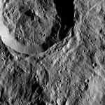PIA20684-Ceres-DwarfPlanet-Dawn-4thMapOrbit-LAMO-image104-20160418.jpg