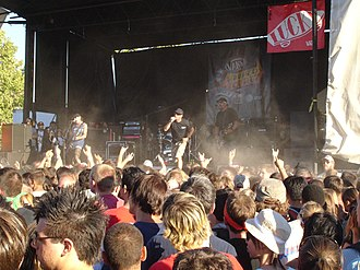 Skate punk - Skate punk band Pennywise at Warped Tour 2007