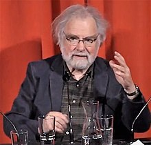 Peter Fleischmann vom Deutschen Filminstitut, gestikulierend.jpg