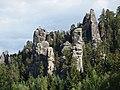 Pieskovcový skalný komplex-Adršpašské skaly - panoramio.jpg