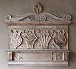 Pistoia, palazzo del comune, sala maggiore, stemmi, 1478.jpg