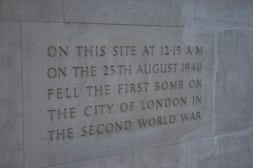 Plaque to the first wwii bomb to fall on london
