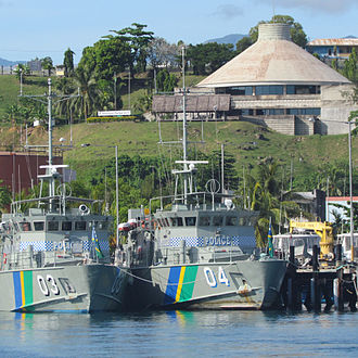 Point Cruz - Police boats and parliament.