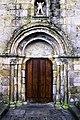 Portal oeste da igrexa do Hío.jpg
