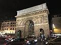 Porte St Martin Paris 2.jpg