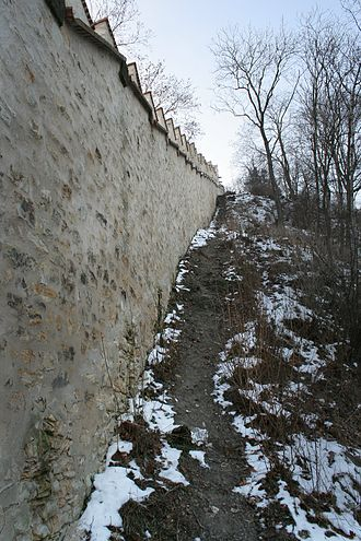 Hunger Wall - The wall on Petřín