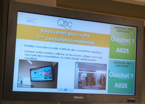 Queue management system - Queue Management Display Hopital Cochin, Paris