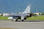ROCAF F-16A 6693 Taxiing at Hualien Air Force Base 20170923d.jpg