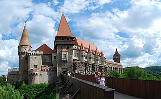 Danube–Criș–Mureș–Tisa Euroregion - Image: RO HD Hunedoara castle panorama 1