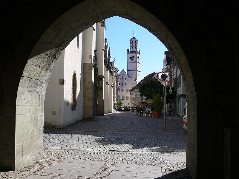 File:Ravensburg Frauentor Kirchstraße.jpg
