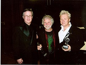 Ray Reach Chuck Leavell Peter Wolf at 2008 BAMAs.jpg