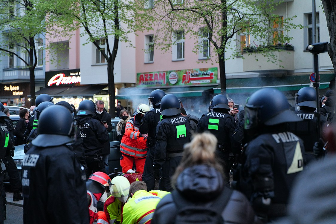 Revolutionary 1st may demonstration Berlin 2021 112.jpg