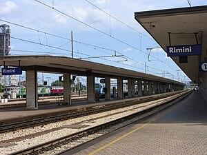 Rimini railway station - View of the platforms.