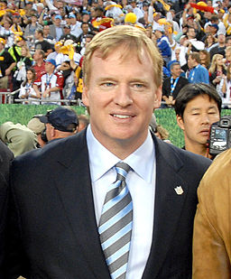 Roger Goodell at Super Bowl 43