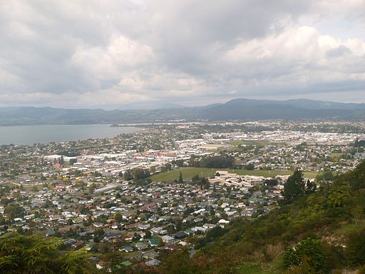 Rotorua looking south from Mt Ngongotaha