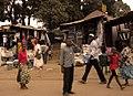 Ruas de Bissau, Guiné-Bissau (2533040945).jpg