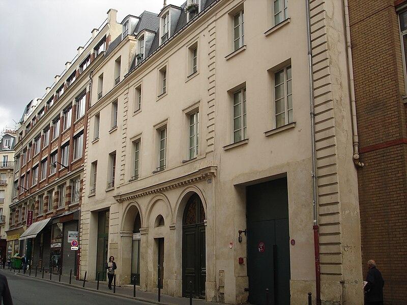 Fichier:Rue Charonne-Couvent de La Madeleine de Traisnel.JPG