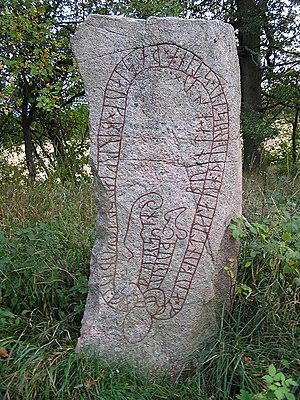 Södermanland Runic Inscription 328 - Sö 328 is located in Tynäs, Södermanland, Sweden.