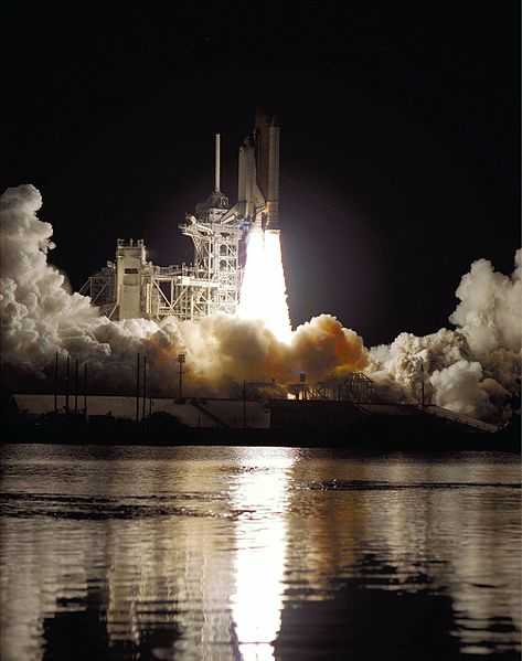 File:STS-101 lifts off from Kennedy Space Center.jpg