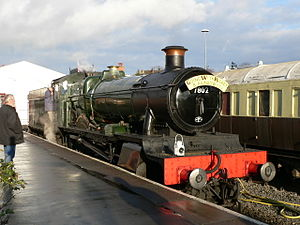 "Kidderminster Town railway station - GWR 7800 Class 4-6-0 ""Bradley Manor"""