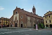Saluzzo, Cattedrale di Maria Vergine Assunta 002.JPG