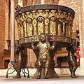 Schleswig Dom baptismal font 01.jpg