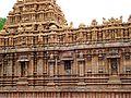 Sculptures at brihadeswara temple tajore.jpg