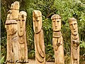 Sculptures at the Singapore Zoo (3622333870).jpg