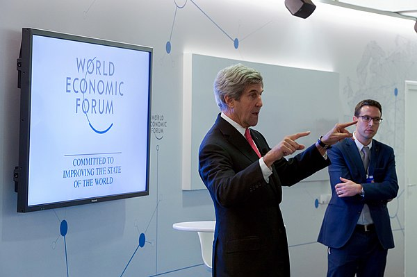 Secretary Kerry Addresses Young Business People at the World Economic Forum in Davos (31995844300).jpg