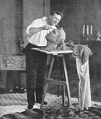 Feodor Chaliapin - Chaliapin creating his self-portrait in 1912