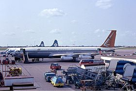 South African Airways Boeing 707-300 Manteufel-1.jpg