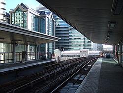 South Quay DLR station 1.jpg
