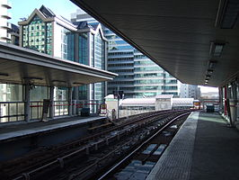South Quay DLR station 1.jpg