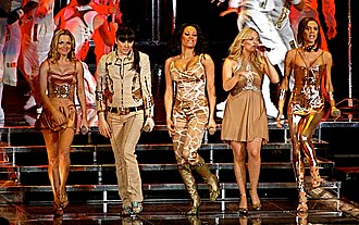 """Spiceworld (album) - The Spice Girls performing """"Stop"""" at the Air Canada Centre in Toronto during the Return of the Spice Girls tour"""