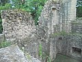Spofforth Castle (4th August 2018) 011.jpg