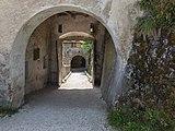 St. Georgen a. L. Burg Hochosterwitz 05 Löwentor 01062015 4263.jpg