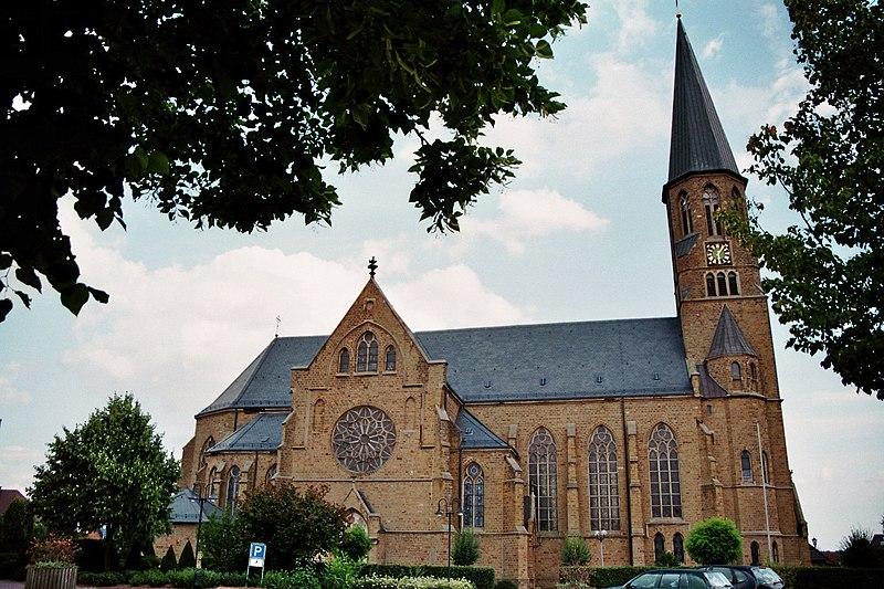 File:St Laurentius Neuenkirchen 1.jpg
