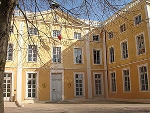 Saint-Symphorien-d'Ozon - The town hall in Saint-Symphorien-d'Ozon